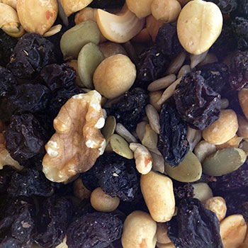Zabar's Raisin Nut Mix 8oz