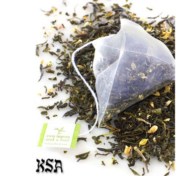 Two Leaves and a Bud Jasmine Petal Green Tea - 15 Ct. (Kosher)