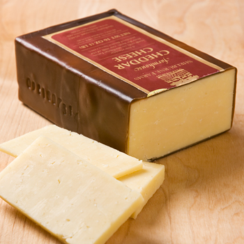 Vermont 1-Year Aged Farmstead Cheddar, Shelburne Farms - 1-lb